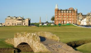 St Andrews Golf Mural